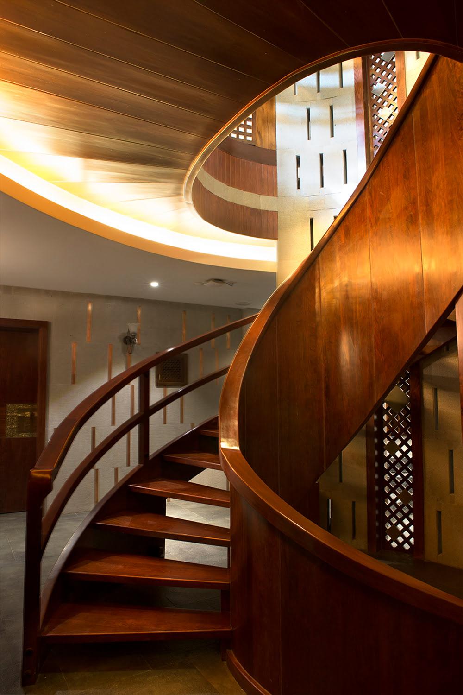 lijiang_villa_dotamdesign_spiral_stairs_5
