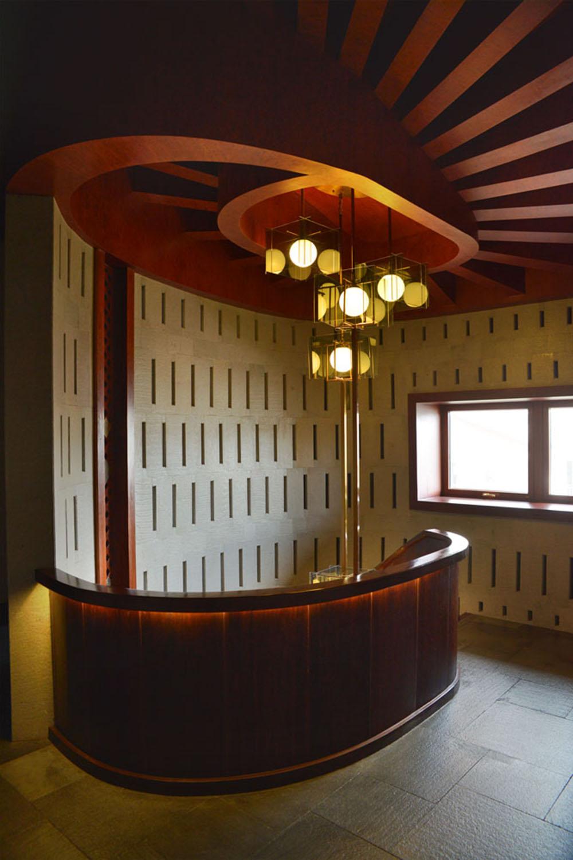 lijiang_villa_dotamdesign_stairs_ceiling2